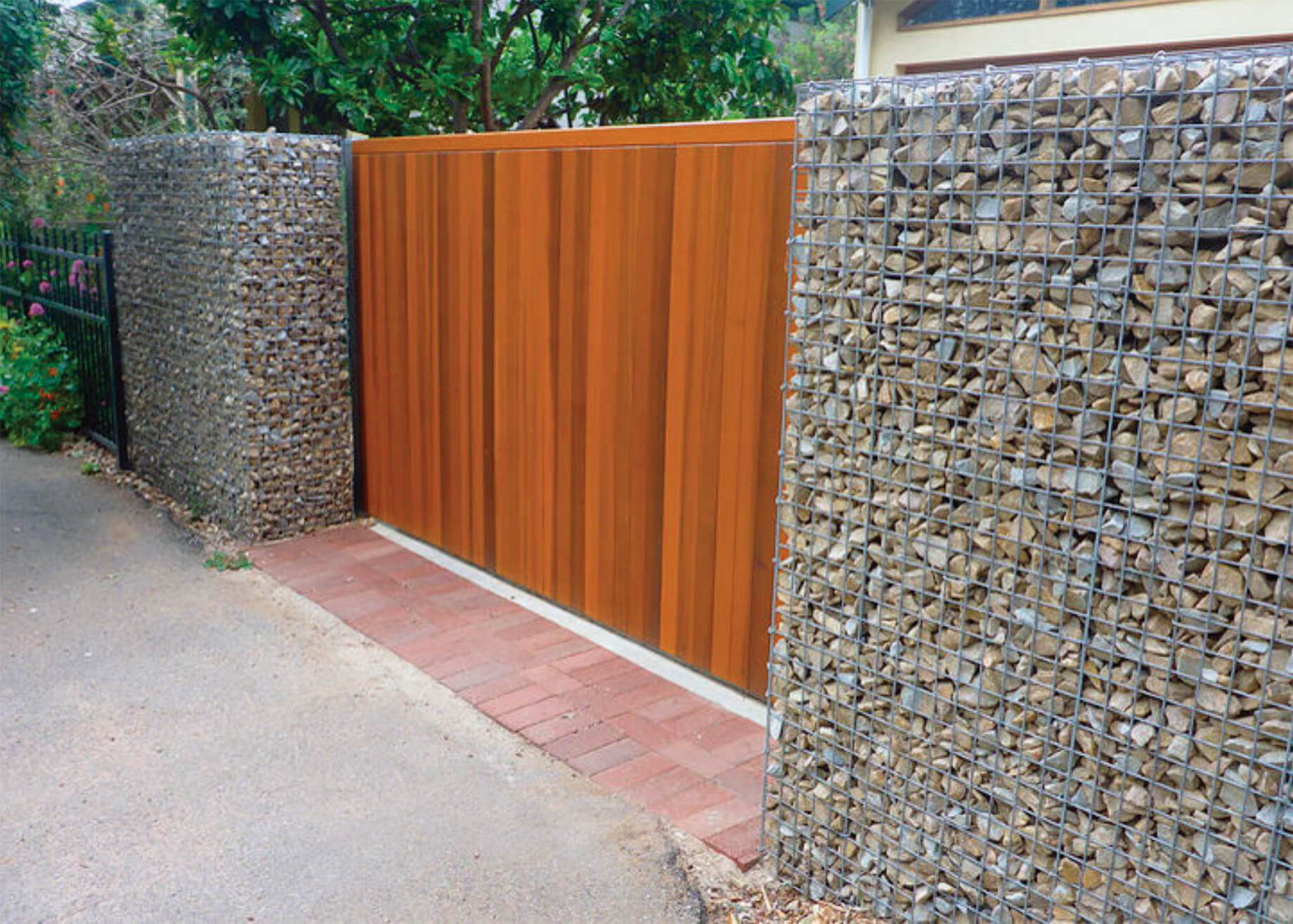 Gabion baskets, walls, fences and cages | Stone Decorative